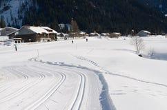 横越全国的滑雪坡道 免版税库存图片