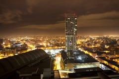 横跨城市的屋顶视图 免版税库存照片