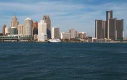 横跨底特律河的底特律地平线从加拿大2016年11月 免版税库存图片