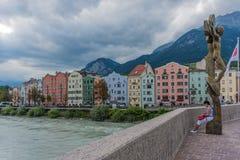 横跨旅馆的桥梁在因斯布鲁克,上奥地利 库存图片