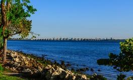 横跨比斯坎湾的桥梁 库存照片