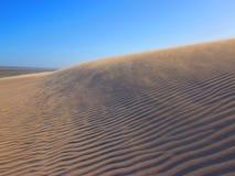 横跨沙丘的看法 图库摄影