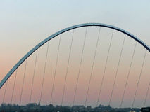 横跨泰恩河的千年桥梁 免版税图库摄影
