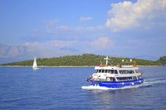 横跨爱奥尼亚海的巡航 库存照片