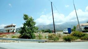 横跨美好的地中海自然,岩石沿海风景汽车旅行的POV驱动 影视素材