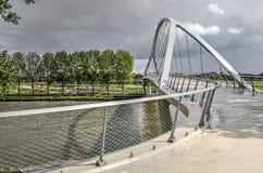 横跨运河的曲拱 库存照片