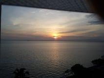 横跨马拉开波湖看的黎明  免版税库存照片