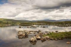 横跨Lochan h-Achlaise的看法 免版税库存照片