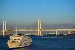 离去从横滨口岸,日本的巡航 库存照片