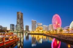 横滨地平线夜视图在Minato Mirai,横滨,日本 库存图片