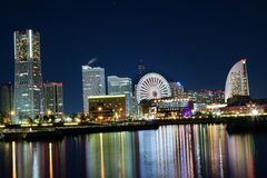 横滨,日本地平线在晚上 免版税库存图片