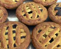 樱桃希腊果酱饼小传统 免版税库存图片