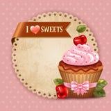 樱桃杯形蛋糕 库存图片
