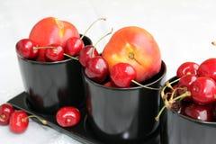 樱桃油桃 库存图片