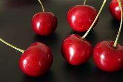 樱桃隔离甜白色 免版税库存照片