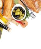橄榄意大利食物开胃菜,面包 图库摄影