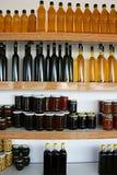 橄榄油、蜂蜜和堵塞 库存照片