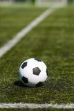 橄榄球例证间距足球 免版税图库摄影