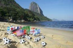 橄榄球国际性组织下垂里约热内卢海滩 免版税图库摄影