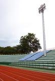 橄榄球场泛光灯 库存图片