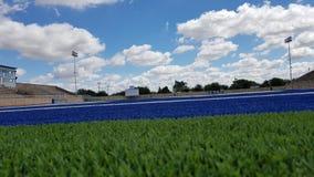 橄榄球场端线区地面视图 图库摄影