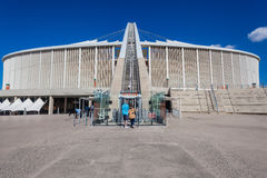橄榄球场足球曲拱SkyCab 库存图片
