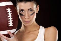 橄榄球女孩 免版税图库摄影