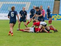 橄榄球欧洲妇女Sevens 免版税库存照片