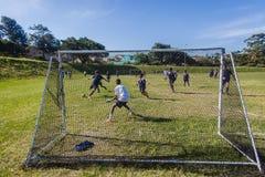 橄榄球的足球六旁边目标 库存图片