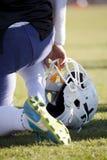 橄榄球缺乏经验的运动员与在Badalona Dracs巴芭拉之间 免版税库存图片