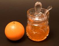 橘子果酱瓶子 库存照片