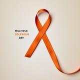 橙色丝带和文本多发性硬化症天 免版税库存照片