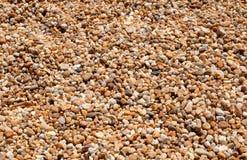 橙色和棕色石石渣 免版税库存照片