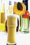 橙色嘶嘶响鸡尾酒 免版税库存图片