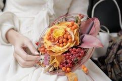 橙色婚礼花束 免版税库存照片