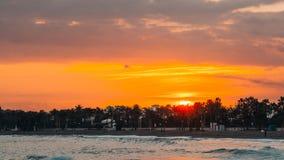 橙色日落在马尔韦利亚,马拉加 免版税库存图片