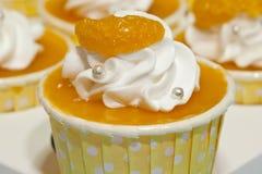 橙色杯子蛋糕 免版税库存图片