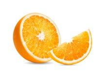 橙色果子 在白色背景的橙色切片孤立 免版税库存照片
