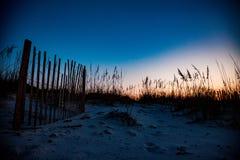 橙色海滩日出 免版税图库摄影