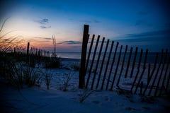 橙色海滩日出 免版税库存图片
