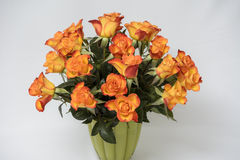 橙色玫瑰花束 免版税库存照片