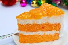 橙色蛋糕。 免版税库存图片
