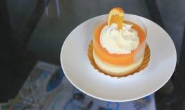 橙色蛋糕 免版税库存图片