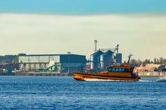 橙色试验船 库存照片