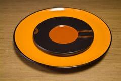 橙色陶瓷牌照 库存照片