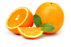 橙色,橙色切片和薄荷叶 免版税库存照片