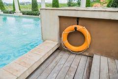 橙色lifebuoy,所有水抢救事故设备 免版税图库摄影