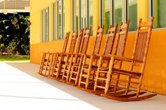 橡木摇椅 免版税库存照片