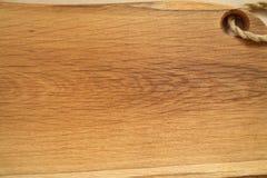 橡木砧板 土气厨房背景概念 背景看板卡invatation菜单餐馆 免版税图库摄影