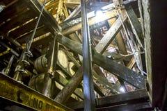 橡木滚磨在里克议院里面的老化 免版税图库摄影